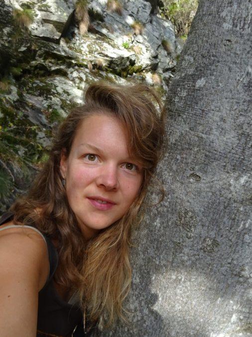 Naomi Mostert
